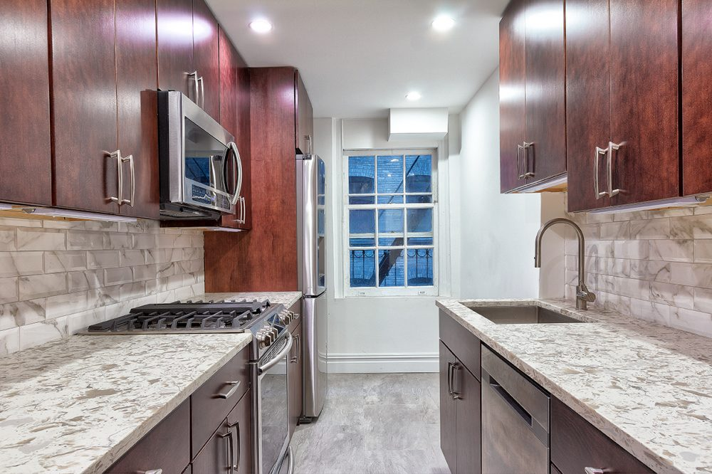 890-West-End-Ave-2A-Kitchen