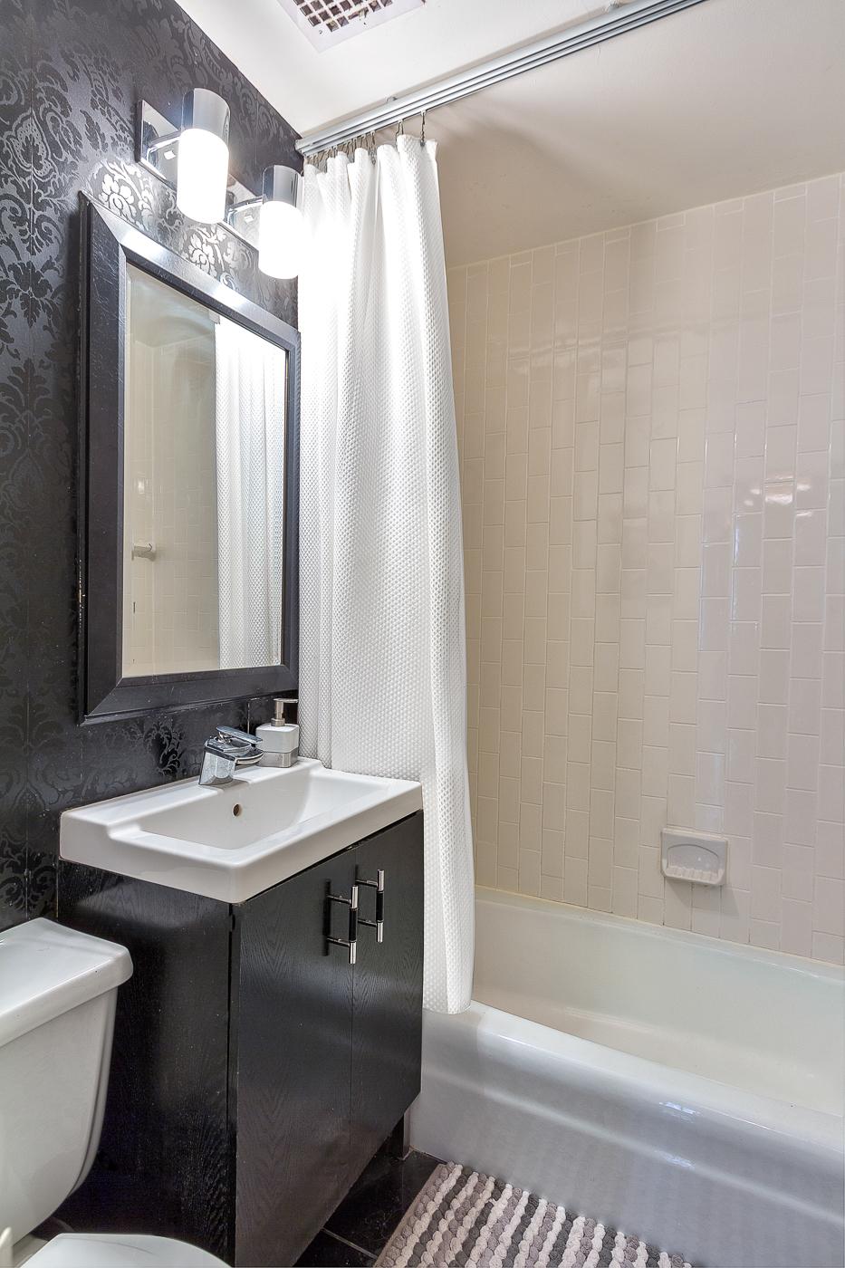 214 Riverside Drive Apt111 Bath