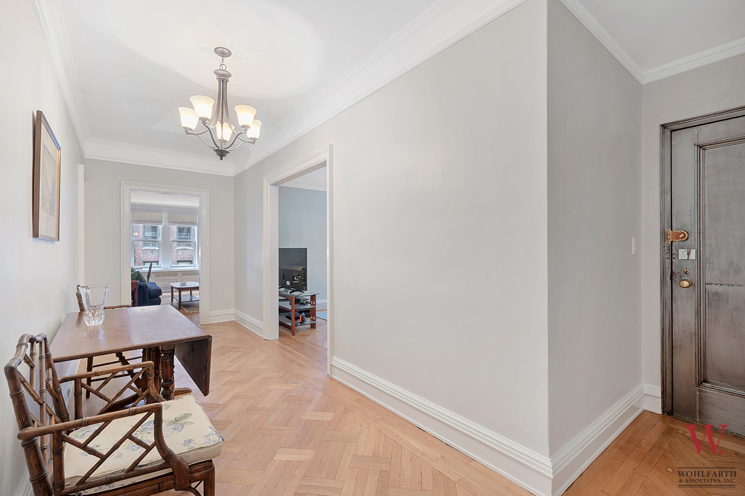 890-West-End-Ave-7B—Foyer-2