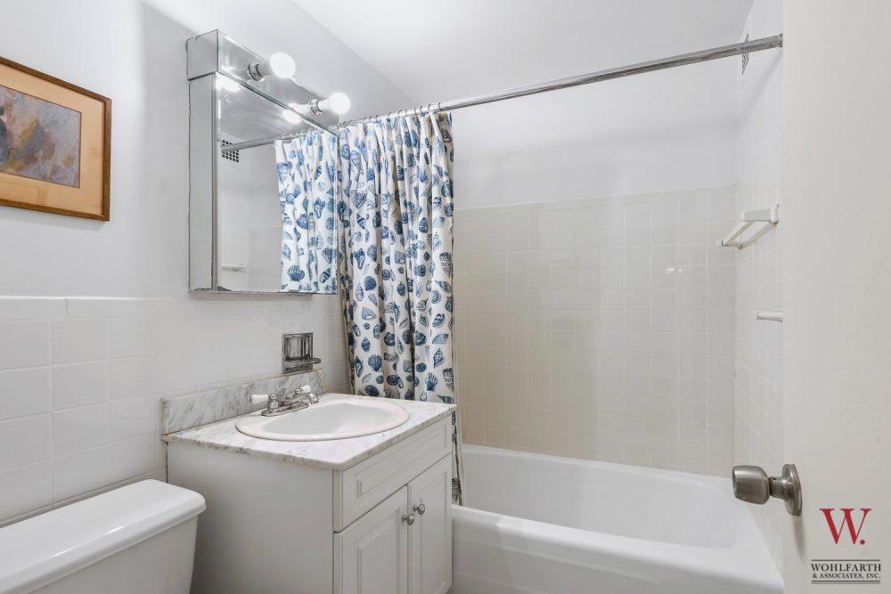 170WEA_11E-Bath