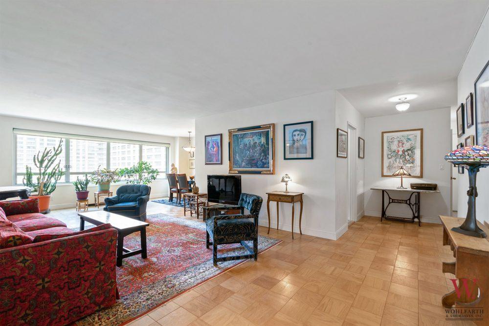 170WEA_11E-Living-Room-1