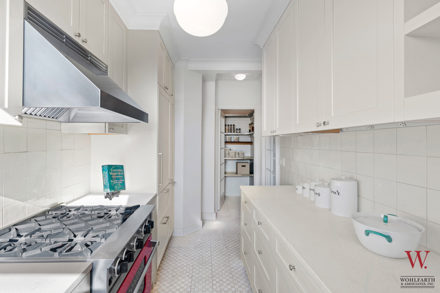 300-Wes-108th-Street-14A–Kitchen-2