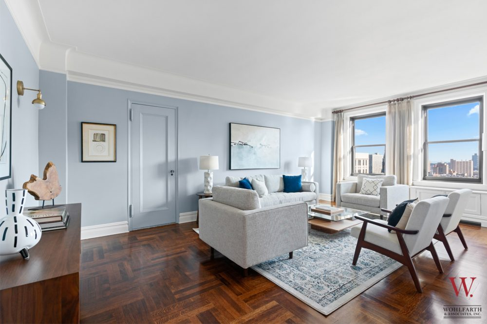 300-Wes-108th-Street-14A–Living-room