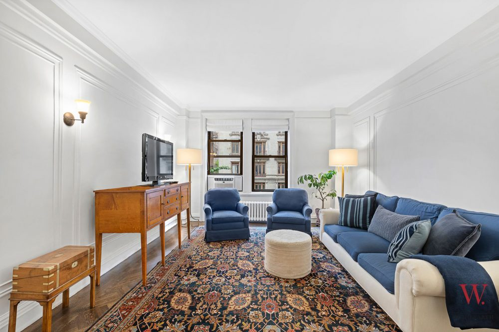 890-West-End-Avenue—Livingroom